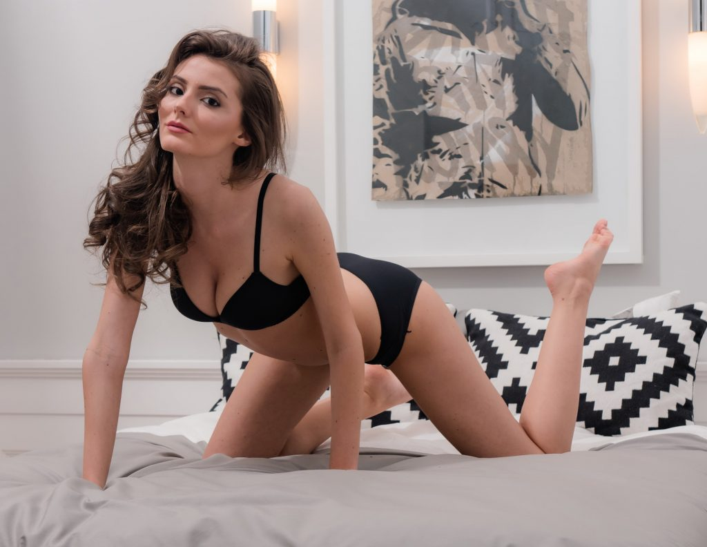 Cheap London Escorts - Young Fresh Leggy